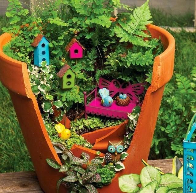 diy-broken-pot-fairy-garden